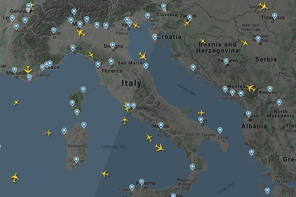 آخرین شرایط آسمان ایران و دنیا ، ترافیک سنگین در آمریکا؛ شرایط پروازها در ایران را ببینید