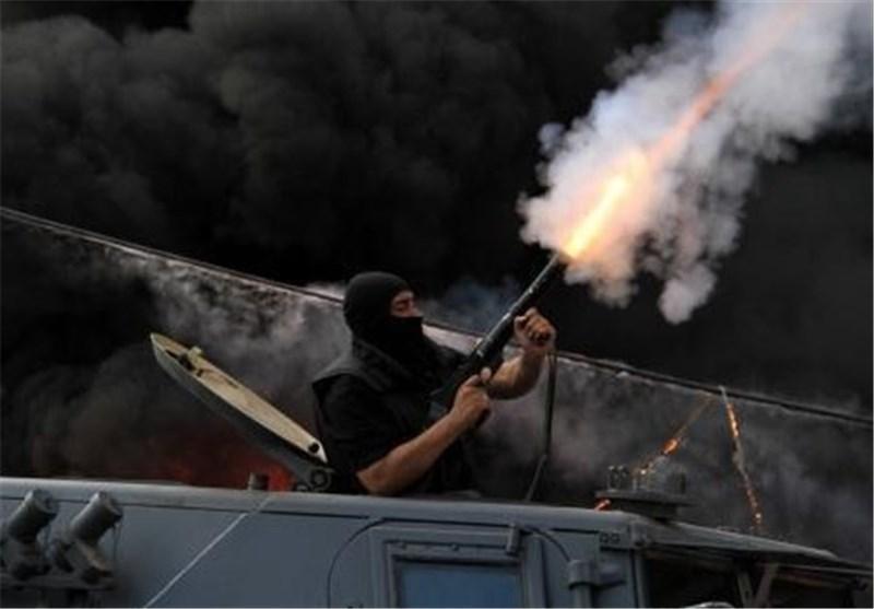 نیروهای امنیتی مصر از گلوله های جنگی برای مقابله با معترضین استفاده می کنند