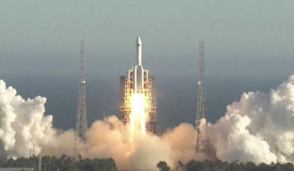 چین نسل بعدی فضاپیماهایش را به فضا فرستاد