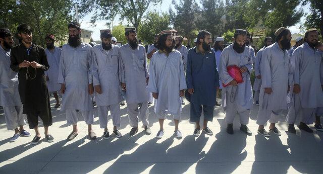 زلمای خلیلزاد: انتظار داریم مذاکرات بین افغان ها در روزهای آینده آغاز شود
