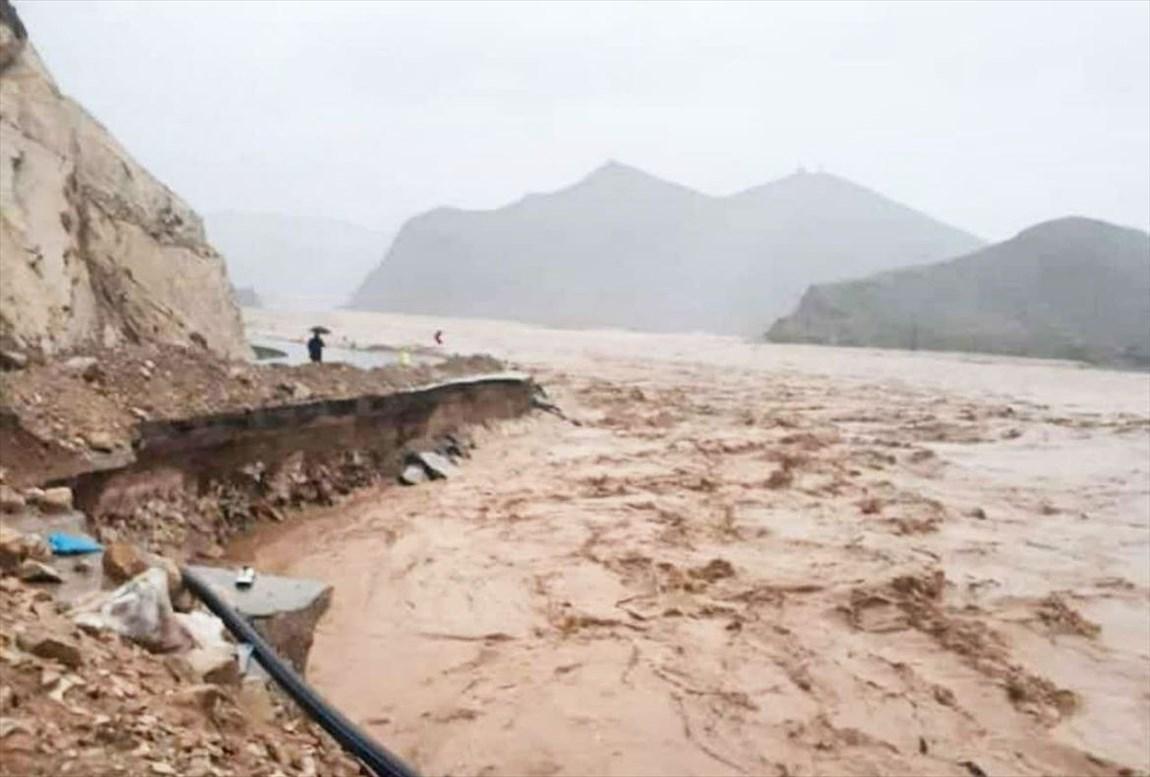 امدادرسانی به استان های سیل زده ادامه دارد