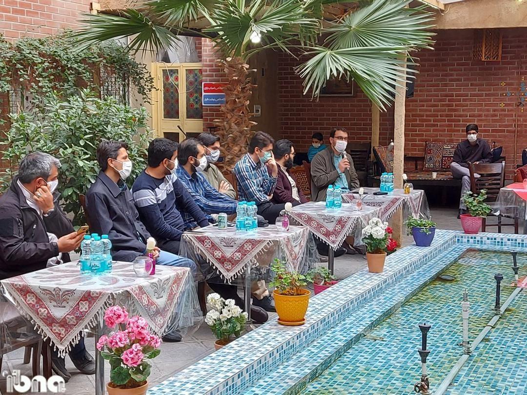 گردهمایی اعضای انجمن کتابفروشان جهبه فرهنگی انقلاب اسلامی برگزار شد