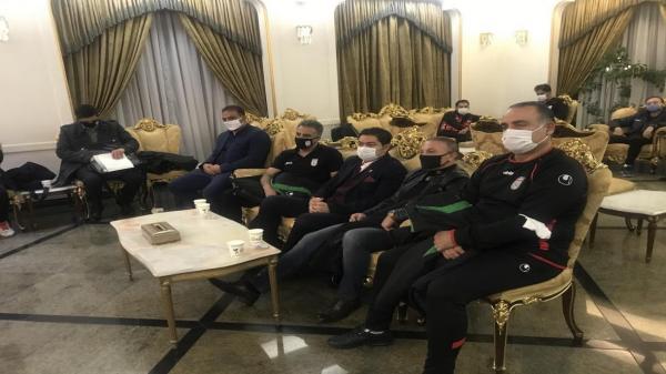 تیم هاى ملى فوتبال نوجوانان و جوانان راهى تاجیکستان شدند