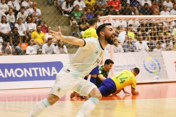 سفر تیم ملی فوتسال آرژانتین به آسیا و بازی با ازبکستان