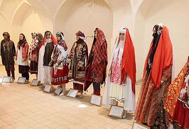 آشنایی با لباس محلی کرمانی، عکس