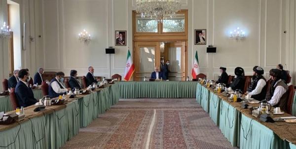 ظریف: در کنار برادران افغانستانی خود ایستاده ایم